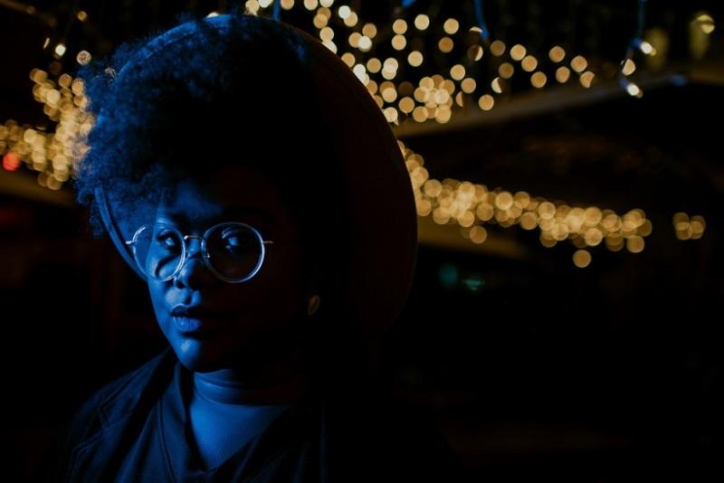 A carioca Luciane Dom acredita que a música não tem fronteiras (Foto: Alexandre Maciel)