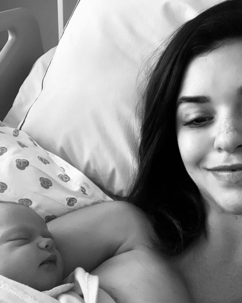 """""""Muita gente ainda não conhece a Bebel. A gente imagina um momento social quando um filho nasce, mas não rolou. Claro que sei que sou privilegiada, estamos todos bem e com saúde"""" (Reprodução Instagram)"""